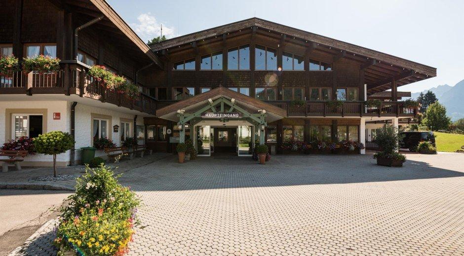 Parkplatz am Haus des Gastes Obermaiselstein