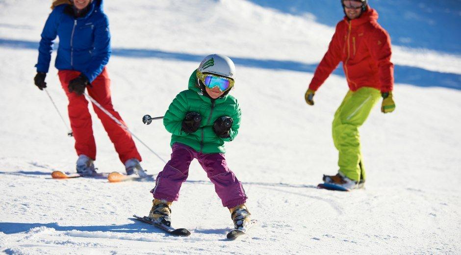 Ich bin schon schneller als Mama und Papa © Oberstdorf / Kleinwalsertal Bergbahnen Fotograf: Christian Seitz