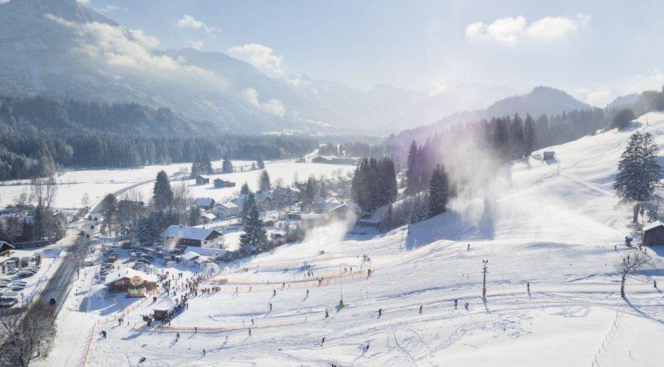 Skifahren im Allgäu © Tourismus Hörnerdörfer, ProVisionMedia