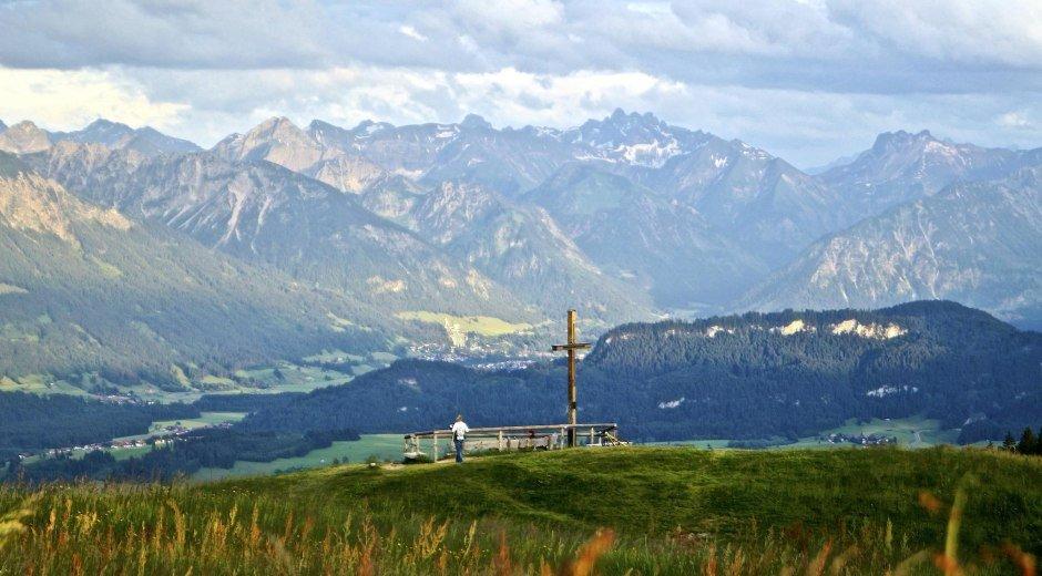 Aussicht vom Gipfel am Ofterschwanger Horn © Tourismus Hörnerdörfer