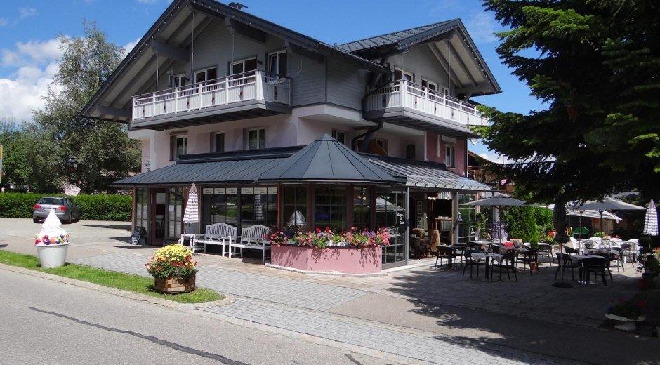 Vintage-Hotel Charivari - Bolsterlang © Charivari Ferienwohnungen
