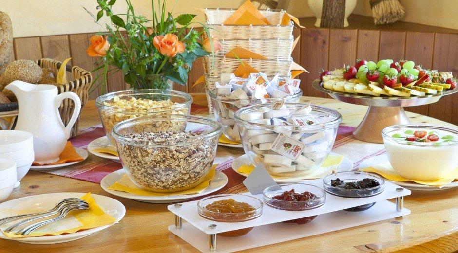 Das Frühstücksbuffet im Schwabenhof in Balderschwa © Schwabenhof