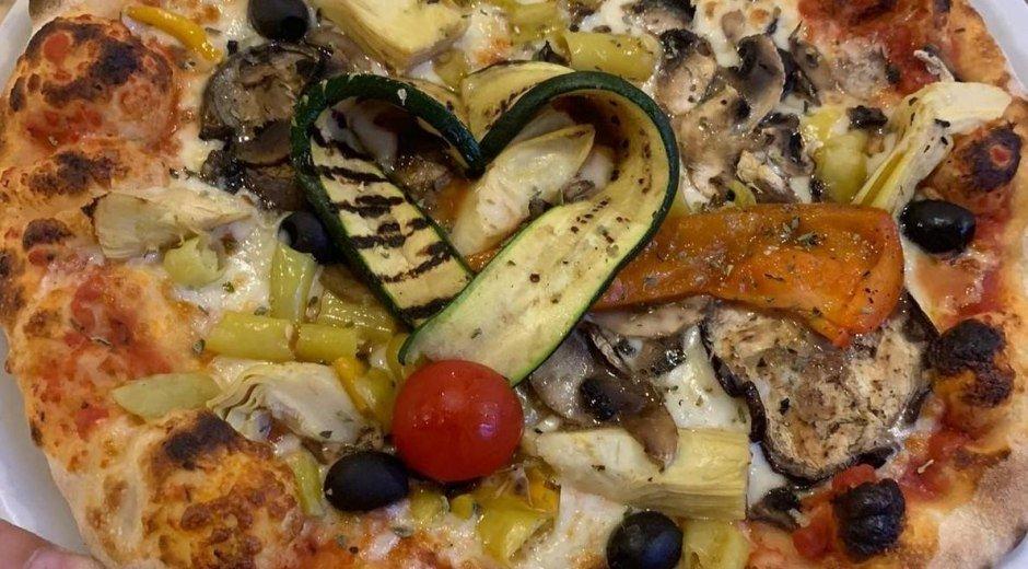 Pizzeria La Grotta © Pizzeria La Grotta
