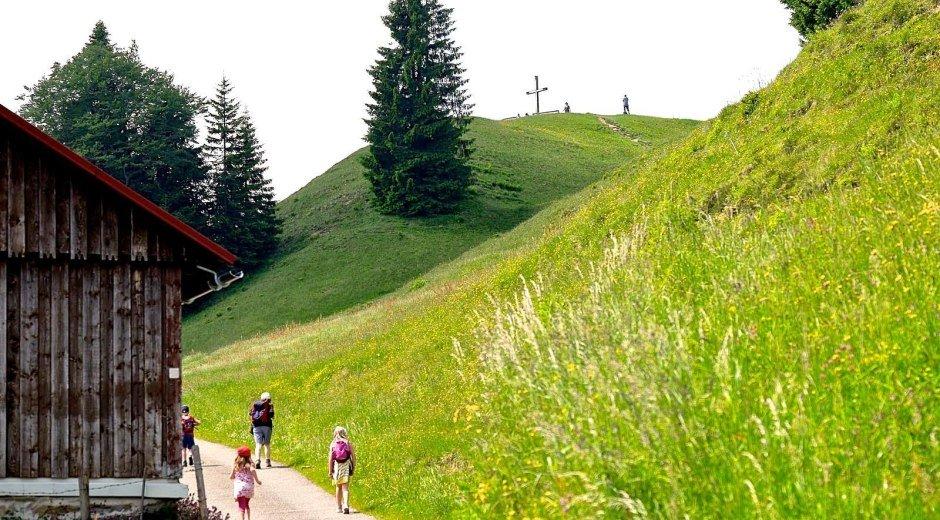 Rundwanderweg ums Ofterschwanger Horn © Tourismus Hörnerdörfer, ProVisionMedia