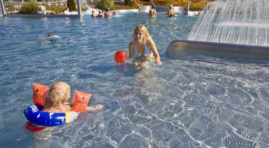 Erlebnis- und Familienbad Fischen - Kinderbecken © Tourismus Hörnerdörfer, R. Retzlaff