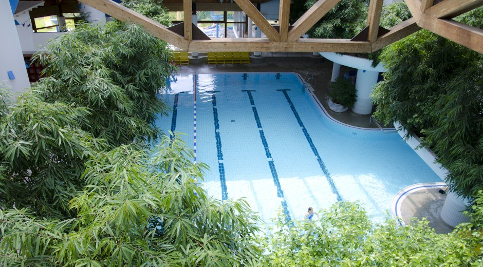 Blick_auf_das_Schwimmerbecken