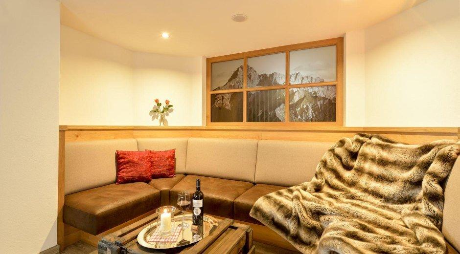Unsere Lounge lädt zum Verweilen ein © Hotel Alpenblick