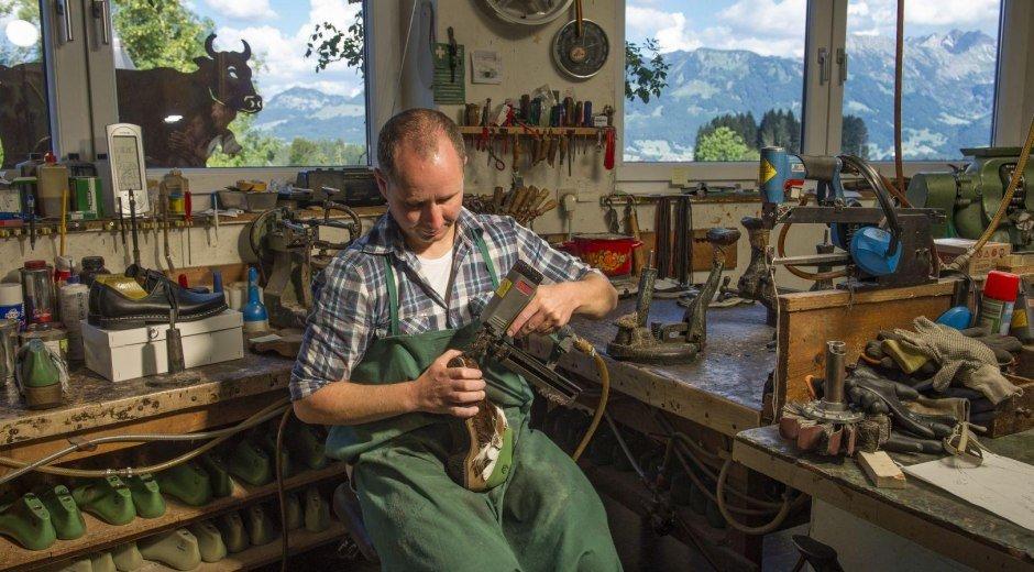 Handwerkskunst - made in Bolsterlang © Tourismus Hörnerdörfer, K. P. Kappest