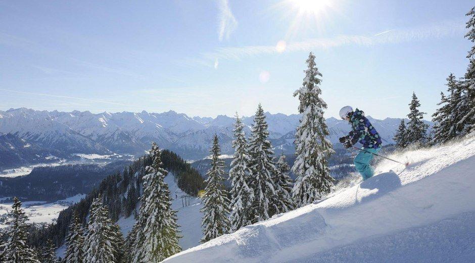 Skifahren bei Kaiserwetter © Tourismus Hörnerdörfer, G. Standl