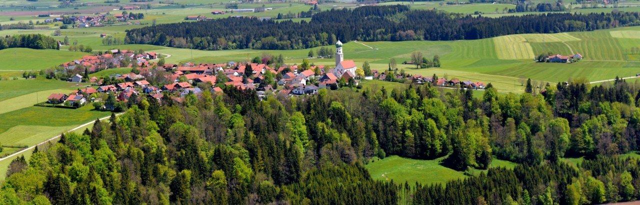 Der Ortsteil Reicholzried, an der Iller gelegen © Markt Dietmannsried / Hermann Müller
