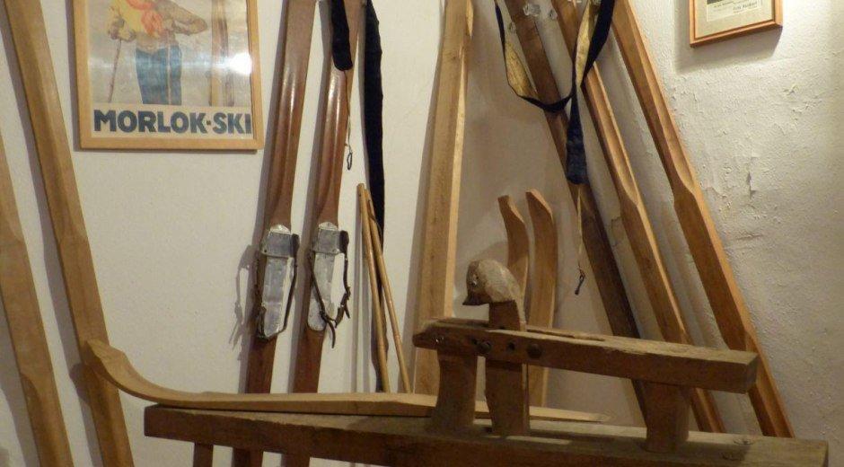 Skiherstellung war früher echte Handarbeit © Tourismus Hörnerdörfer, S. Weingärtner