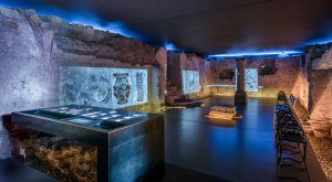 Multivisionsshow in der unterirdischen Kapelle. © www.guenterstandl.de