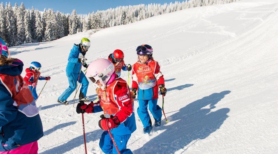 Kinder in der Skischule Grasgehren Obermaiselstein © Tourismus Hörnerdörfer, F. Kjer